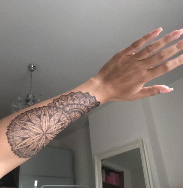 Tijdelijke Tattoo Hypnotize Me